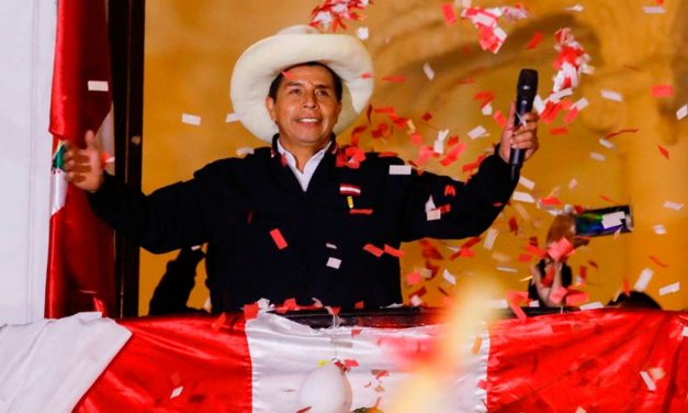 Perú: un grito por la democratización (por Deyvi Astudillo, SJ)